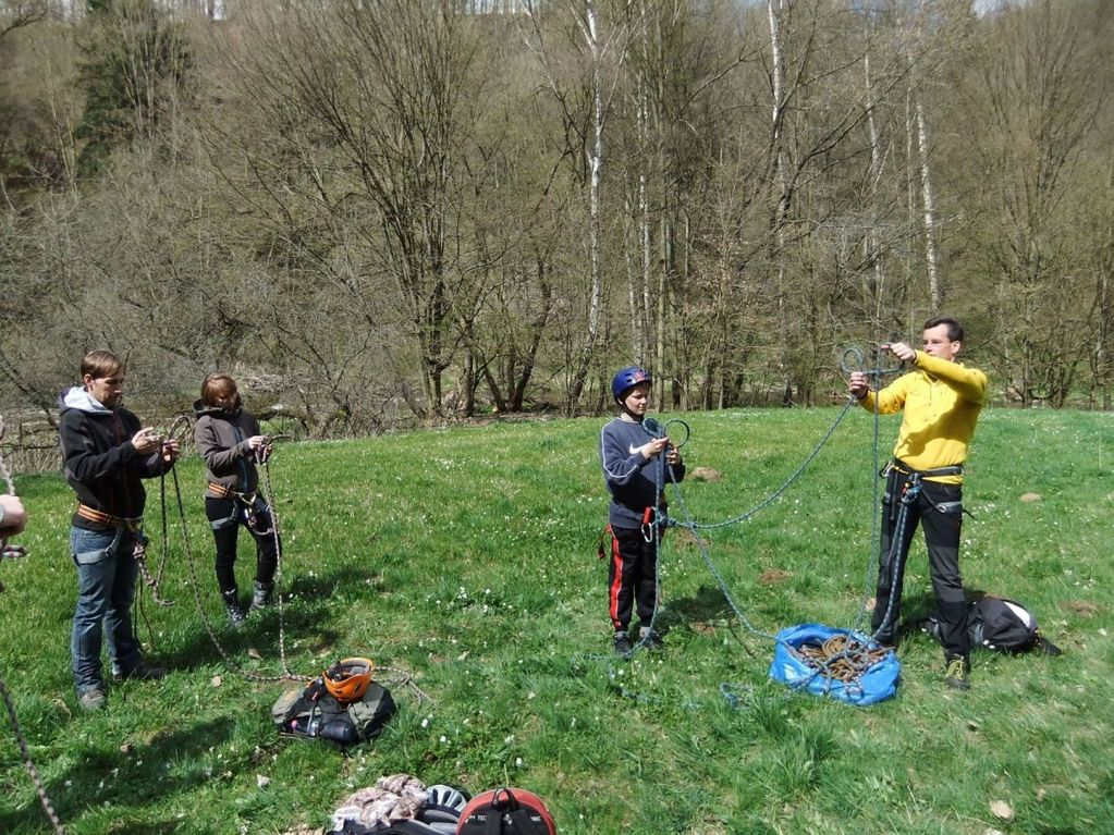 Kletterkurs des DAV Plauen-Vogtland am 21.04.2012 im Klettergebiet Steinicht