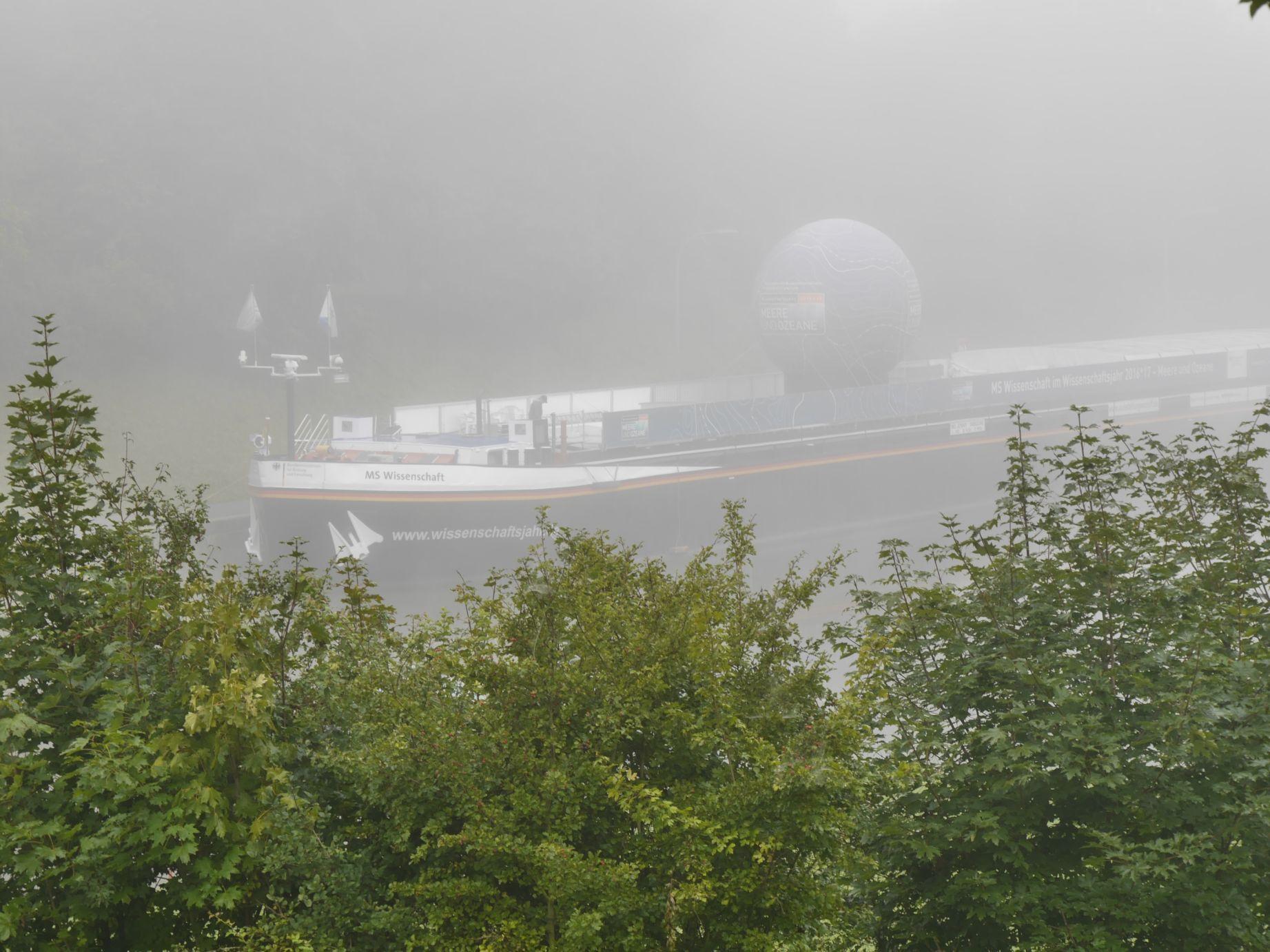 Main Donau Kanal am frühen Morgen