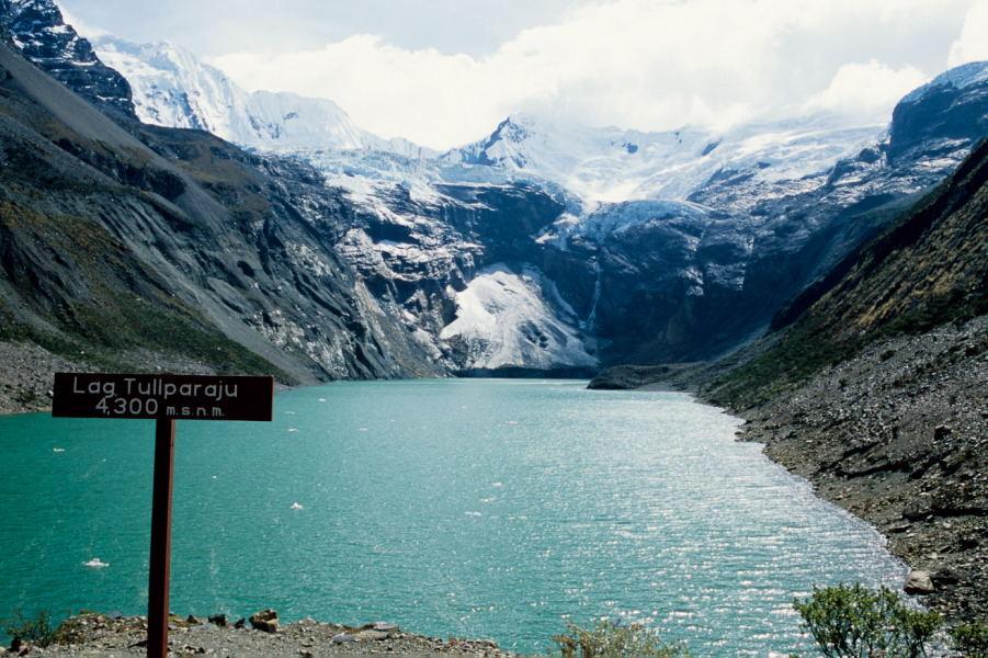 Laguna Tullparajucocha (Cordillera Blanca)