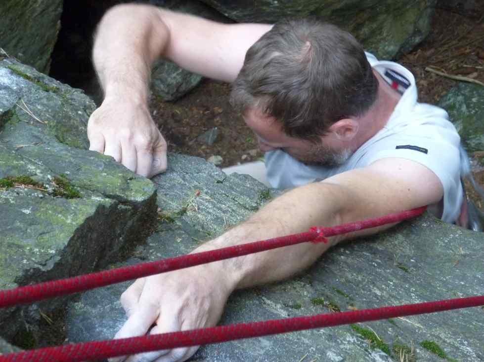 am Überhang - Klettern am Schwarzen Stein