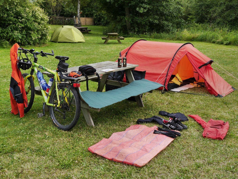 Camping in Præstø, wieder einmal heißt es Zelt und Ausrüstung trocken legen