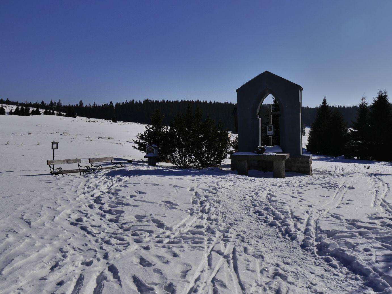 Erinnerung an die Kirche in Jeleni (Hirschenstand)