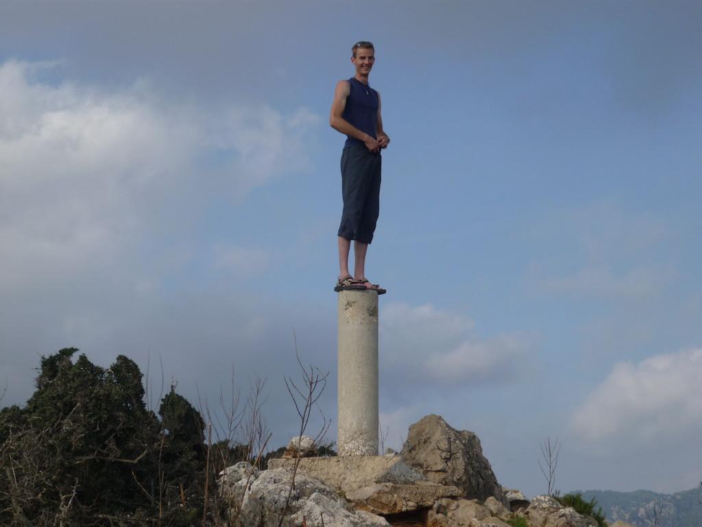 wirklich oben ist man erst hier, weiter  hoch gehts nicht mehr, nach schöner Kletterrei in 8 Seillängen