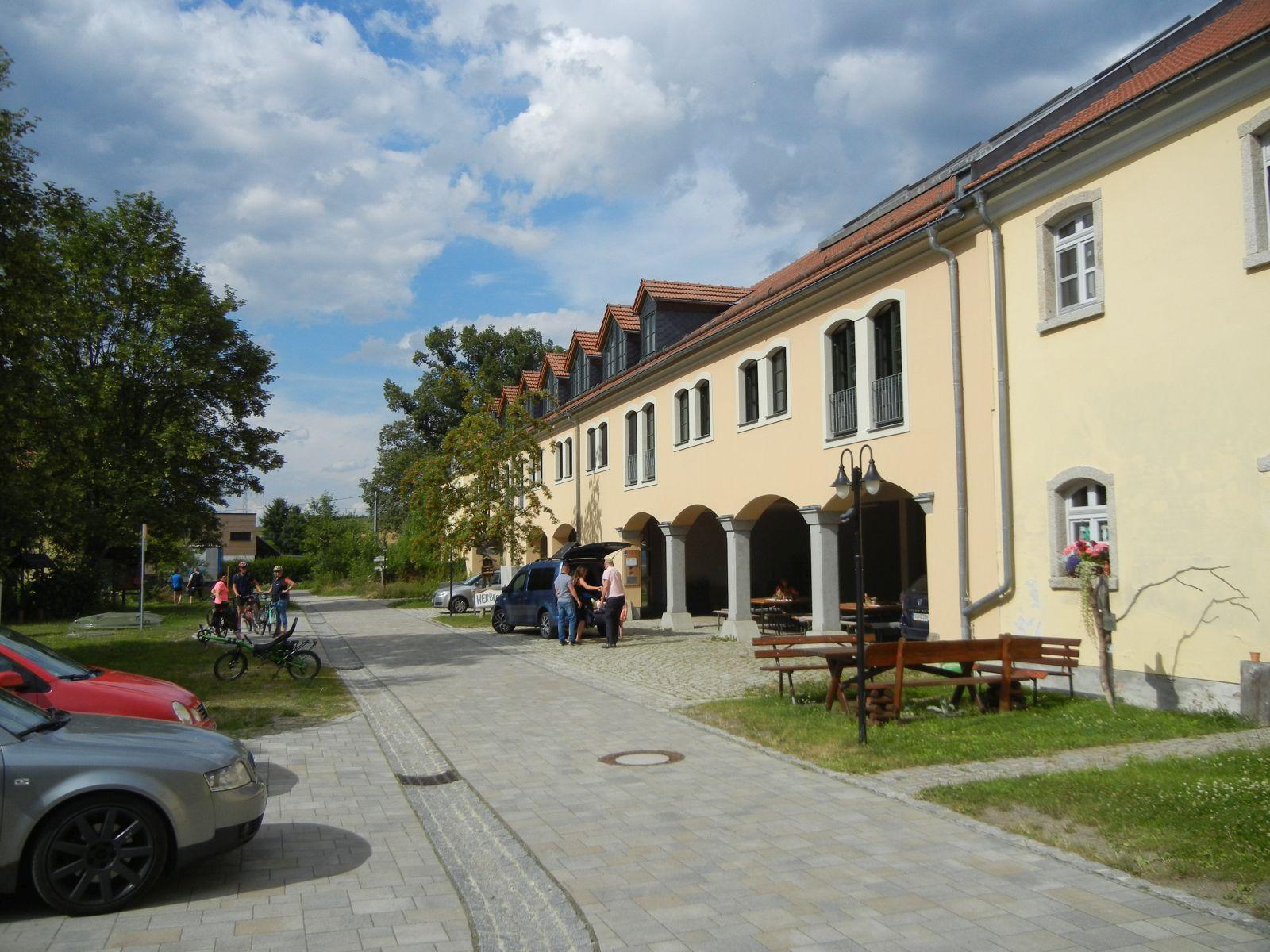 Herberge, Laden, Umweltzentrum etc. in Unterlauterbach