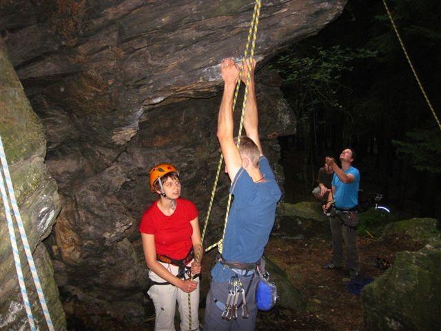 """eine schöne Bewegungsstudie im Weg """"Talfahrt"""" VIIIb, so leicht kann Klettern aussehen"""