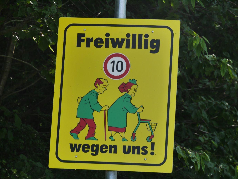 eine für Radfahrer durchaus relevante Geschwindigkeitsbeschränkung