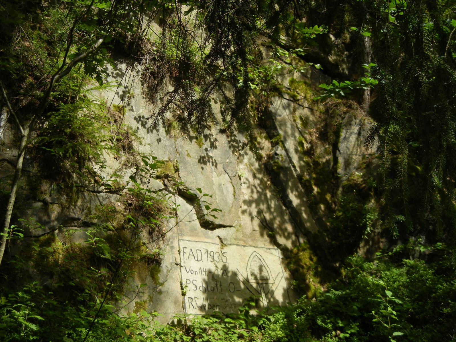 Zeugnisse des Granitabbaus im Vogtland