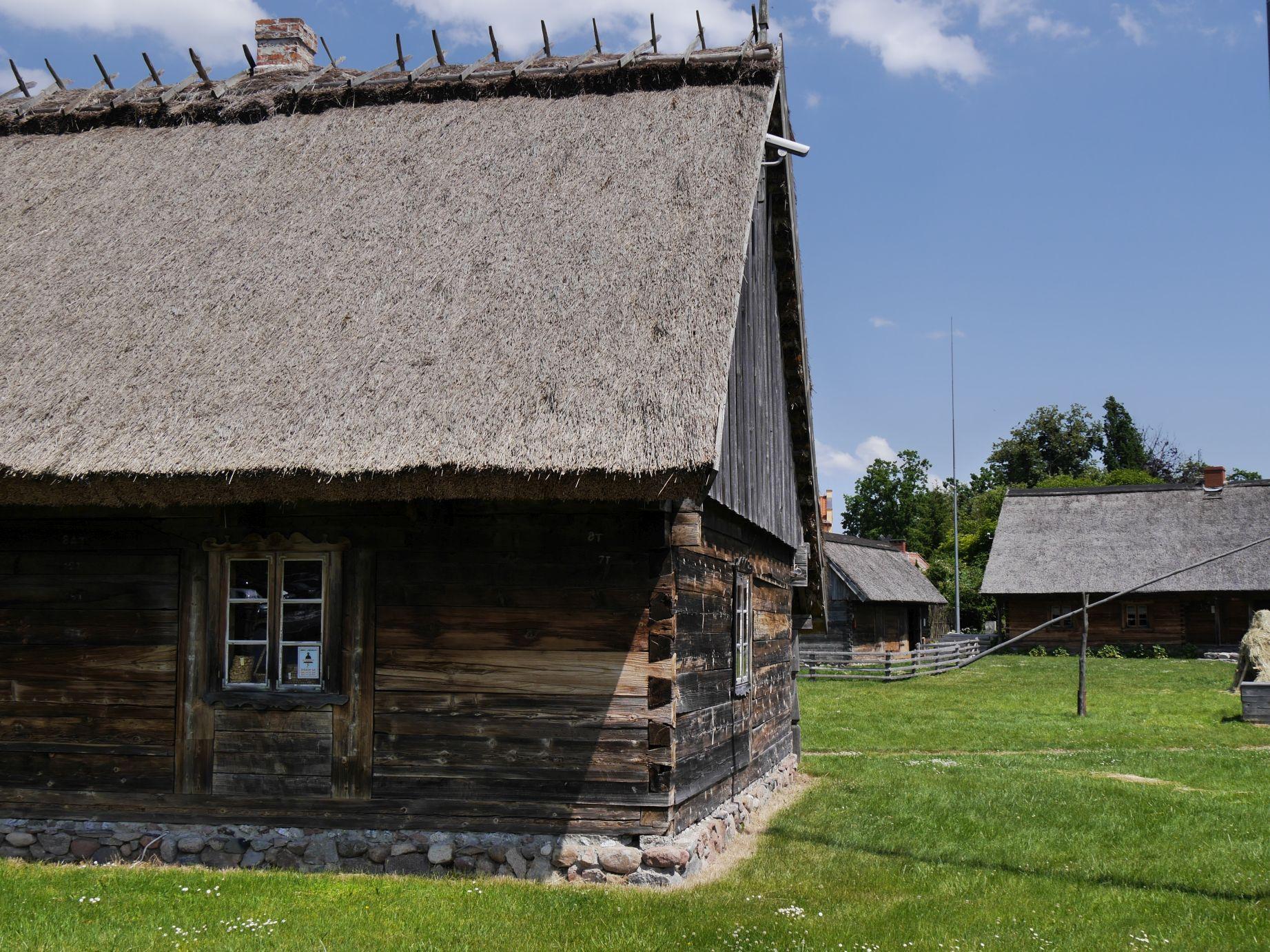 Alte masurische Häuser in Lötzen (Giżycko)