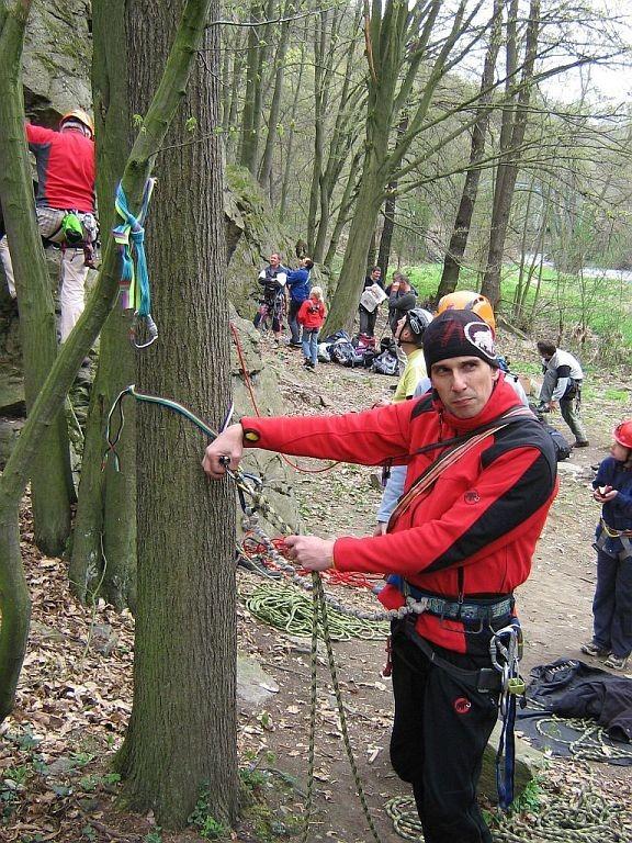 DAV Kletterkurs am 16.04.2011 im Klettergebiet Steinicht