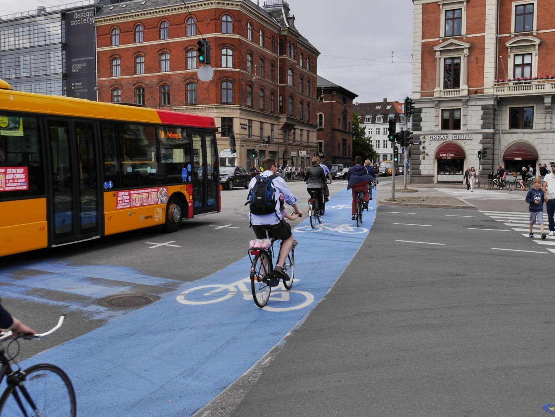die kleine Weltstadt verfügt über ein vorbildliches Fahrradwegenetz