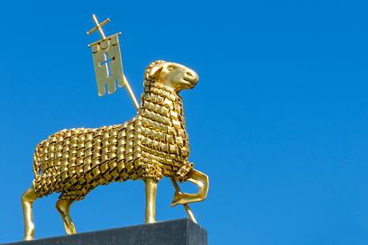 Skulptur, goldenes Schaf, Herrmannsdorfer, dem edlen Handwerk, Dr. Ralph Oehlmann, Oehlmann-Photography