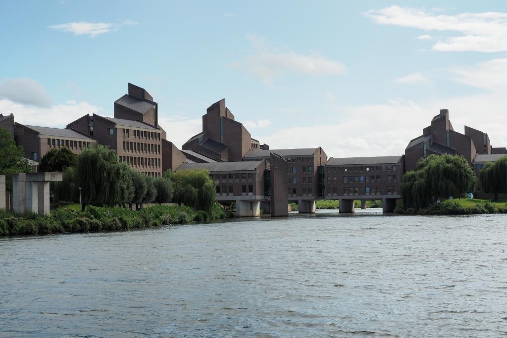 Das Gouvernement-Gebäude.