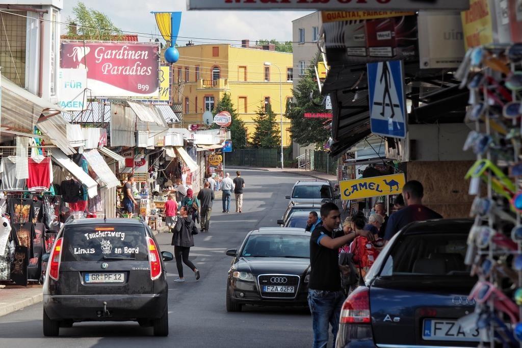 Polenmarkt in Bad Muskau   Das etwas andere Shopping Erlebnis