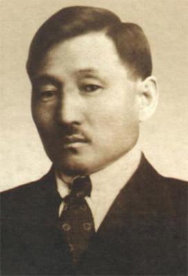 Илья Егорович Винокуров