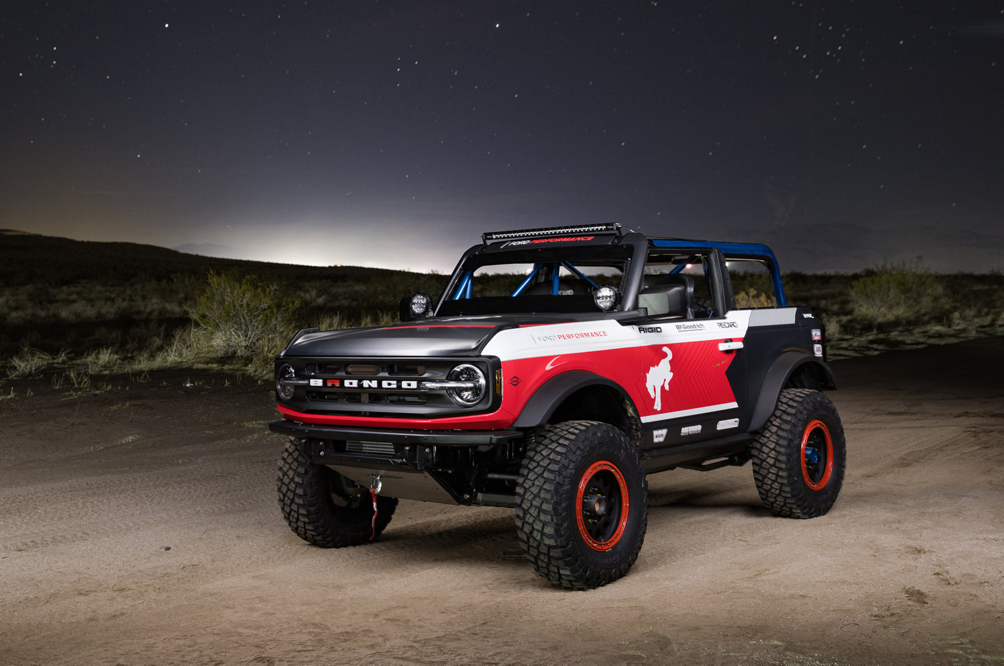 Ford Performance reveals the Bronco 4600 Race Truck set to run in Ultra4 Stock Class