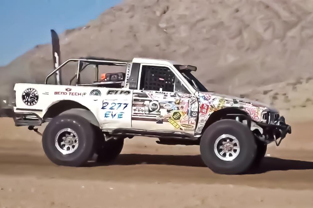 Il primo Toyota 4Runner elettrico a finire la King of the Hammers
