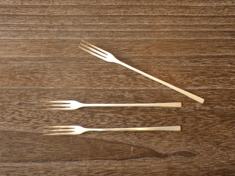 ケーキフォーク 15cm(銀) ¥3,800〜4,300