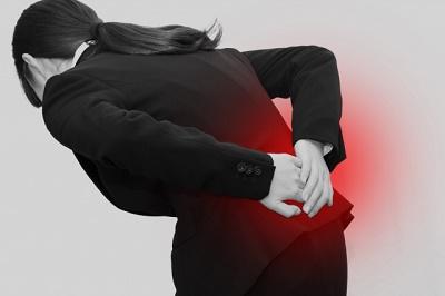 腰痛の原因は、尻もち尾てい骨でした