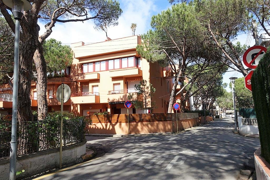 Аренда апартамента триплекс в Плайя де Аро недалеко от моря