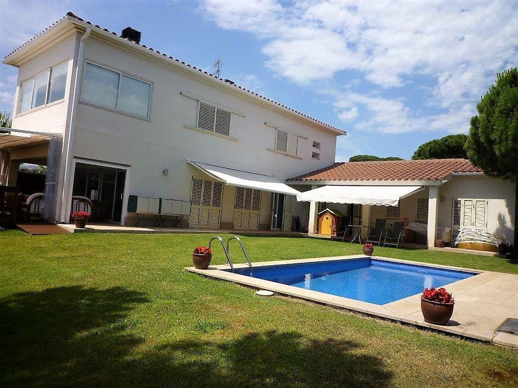 Аренда дома в Испании в 800 метрах до моря (пляж Са Конка)