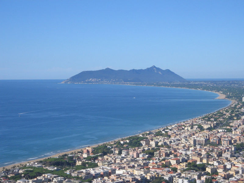 Terracina, vista da Monte S. Angelo