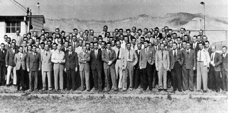 L'équipe de scientifiques allemands sous la responsabilité de Wernher von Braun à Fort Bliss (Texas) en 1947