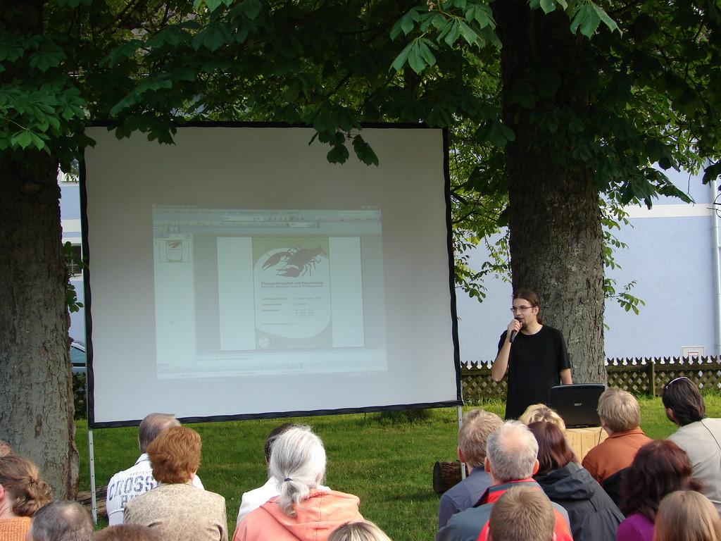 Michael Jung führt durch die Veranstaltung. Foto: Jasmin Frühwirth
