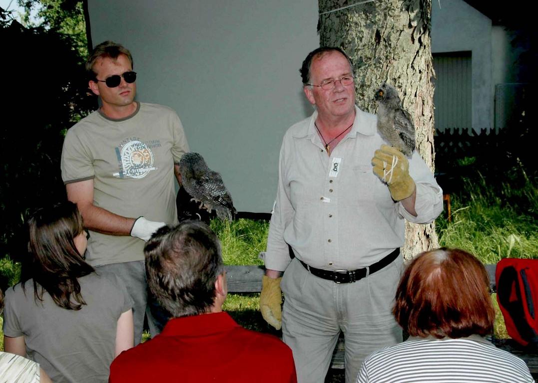 31.5.2008   Reinhard Osterkorn mit Helfer  Foto:  Alois Kaltenböck