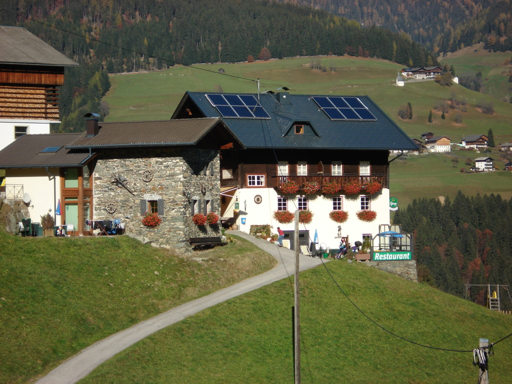 Prefadach mit Solaranlage