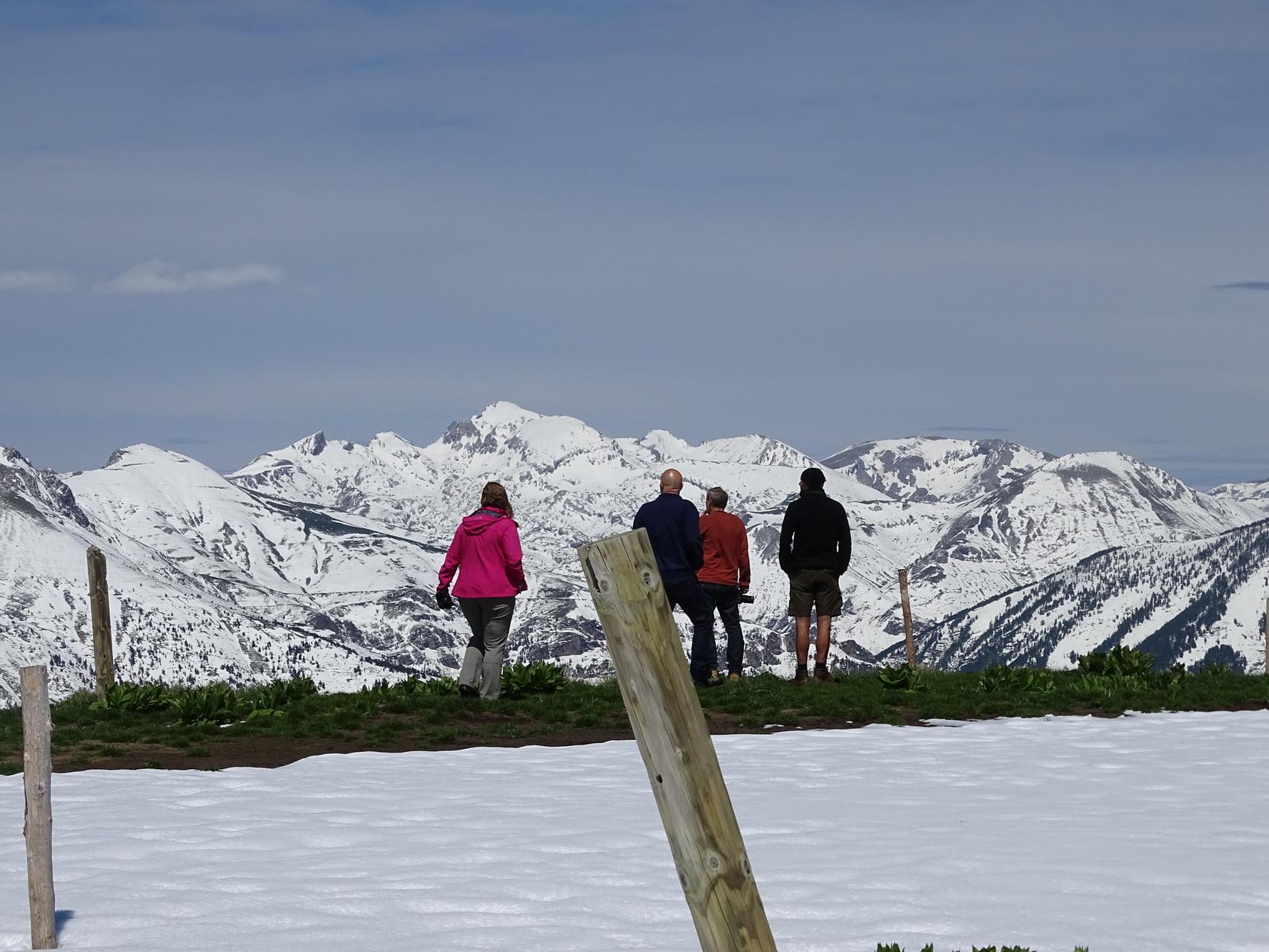 Pfingsten auf 2000müm mit blick ins Valle Argentina