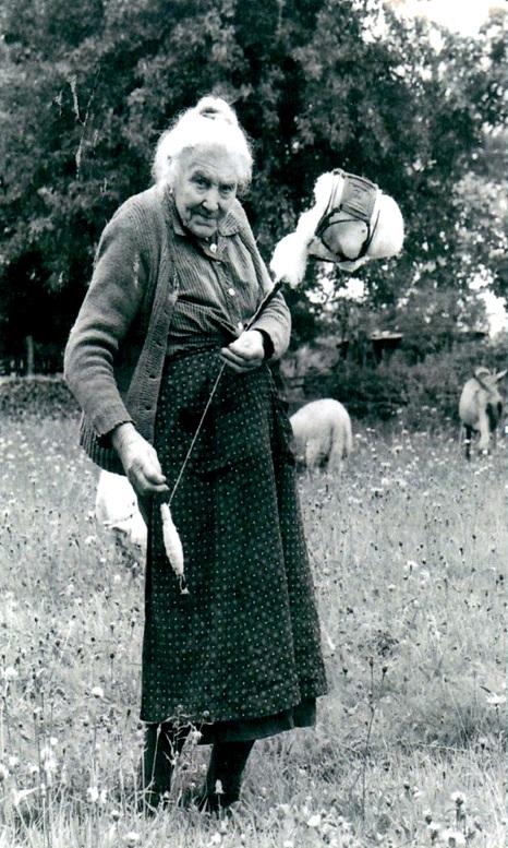 Photos JP Leloir,  Auriac, Marie Hélène Combes