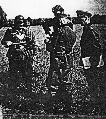 Les Officiers lors de la visite de Brodowski à Aurillac.