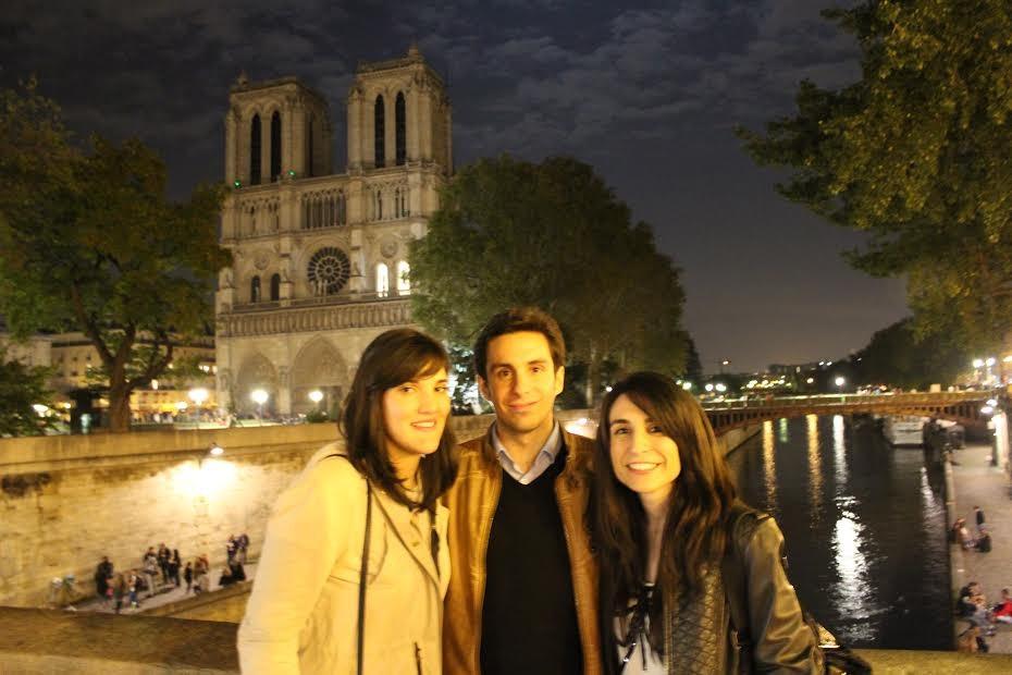 Stagiaires espagnols visitant la Cathédrale Notre-dame-de-Paris / Spanish trainees visiting Notre-Dame-de-Paris