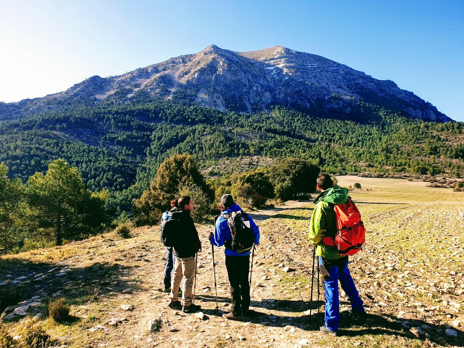 Turismo activo en el Altiplano de Granada: Senderismo en la Sierra de la Sagra