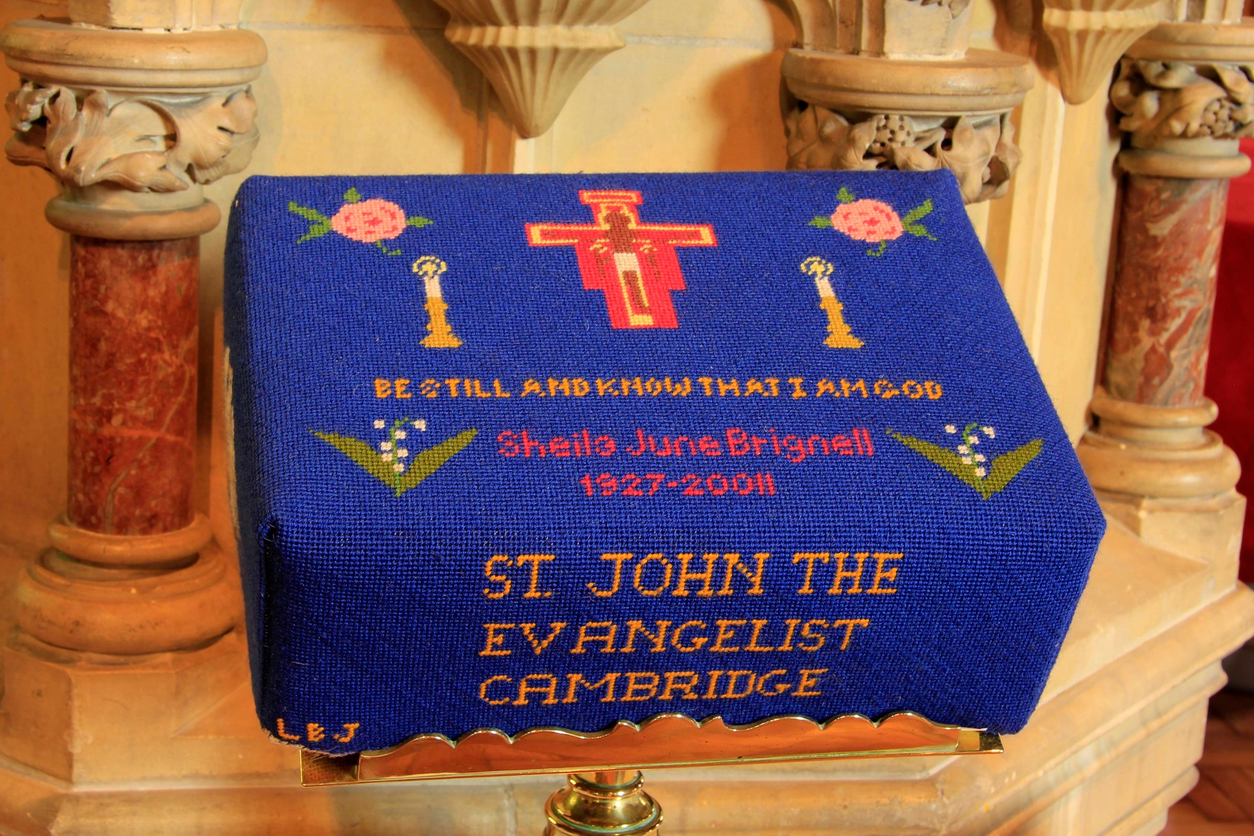 Kneeler in memory of June Brignell 1927 - 2011. Donated by St John's Companions and worked by Beryl Johnson