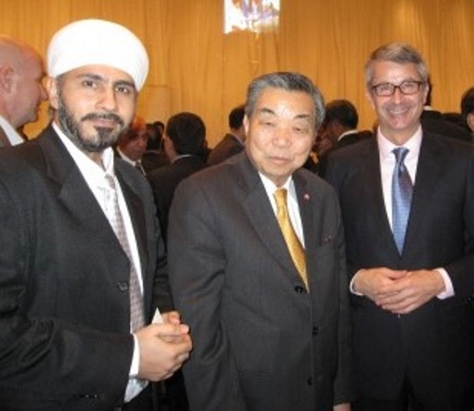 With Deputy Prime Minister Chavarat Charnvirakul
