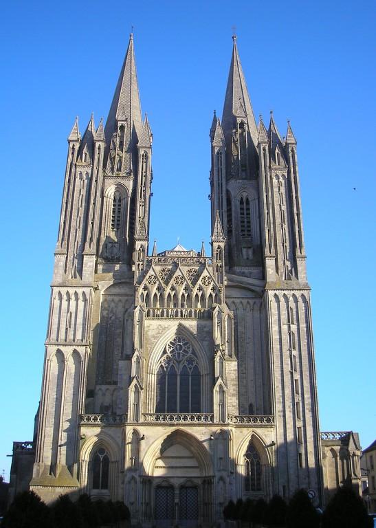 La cathédrale de Coutances à 20 mn