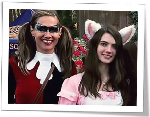 Лоурен с дочкой на карнавале