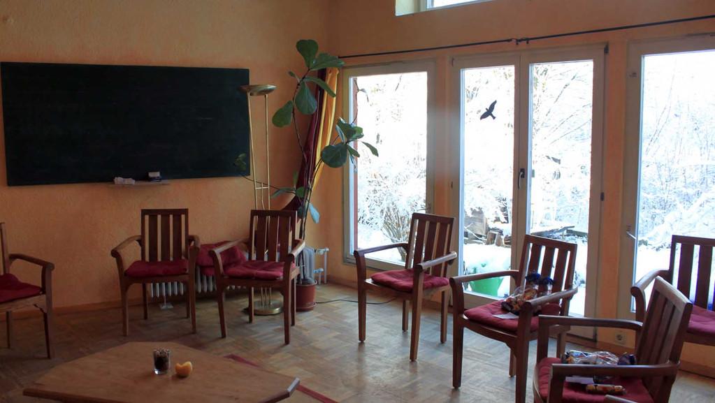 Einer der vielen Gruppenräume - hier finden die Gruppengespräche statt