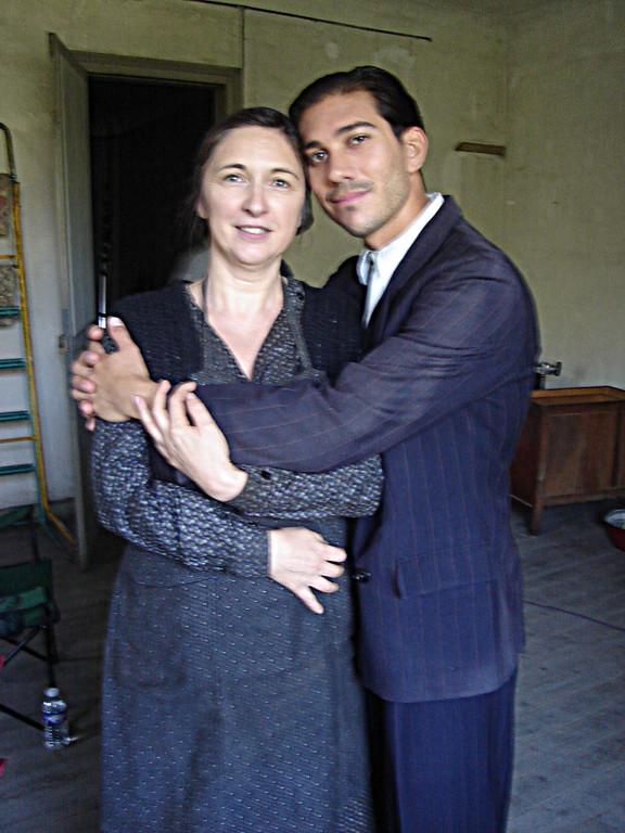 Mme Marinelli et son fils (Julien Tortora)