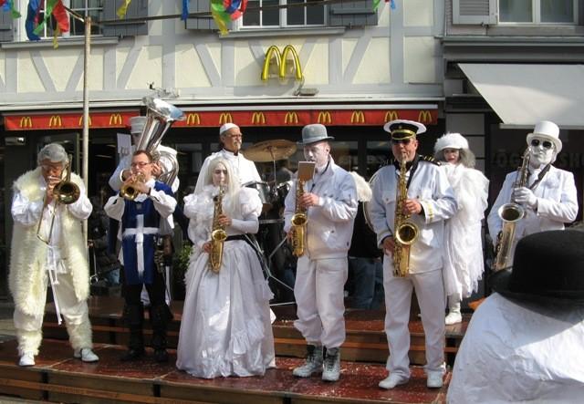 2011 - Ganz in Weiss