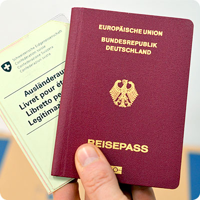 Visa & Immigration service | area Vorarlberg, Liechtenstein, St. Gallen, Winterthur, Thurgau, Graubünden, Bavaria, Baden-Württemberg, Lake Constance | www.relocates-you.com | Assists you in applying for your visa, residence permit or residence entitlement