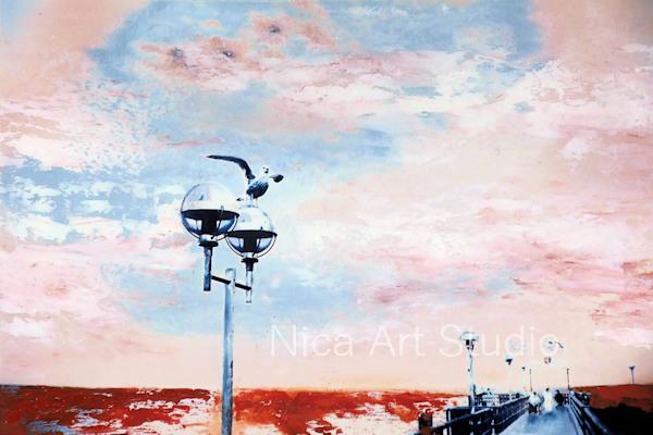 Möwe am Strand mit rosa Himmel, 2019, 30 x 20 cm, Fotografie mit Ölfarbe