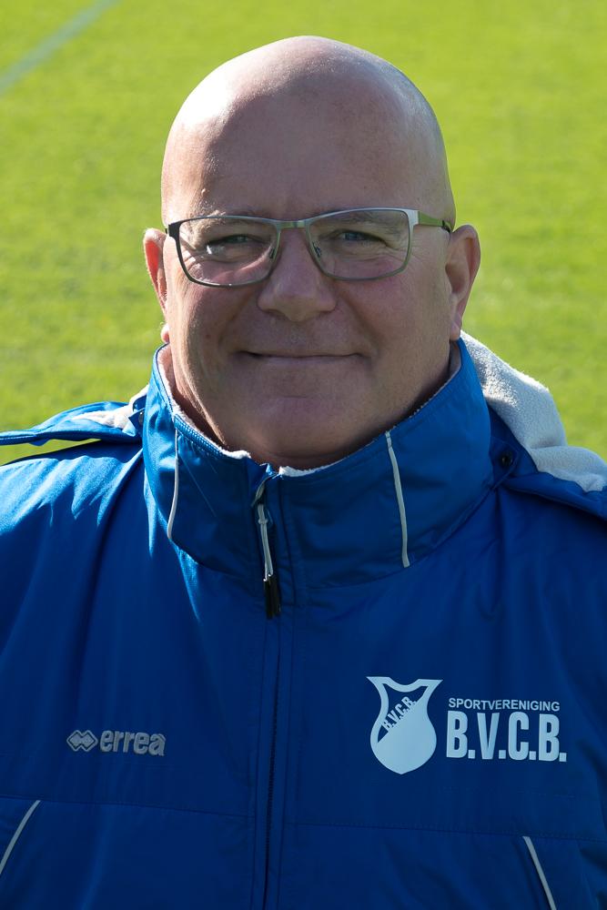 Assistent coach Rien Luneberg