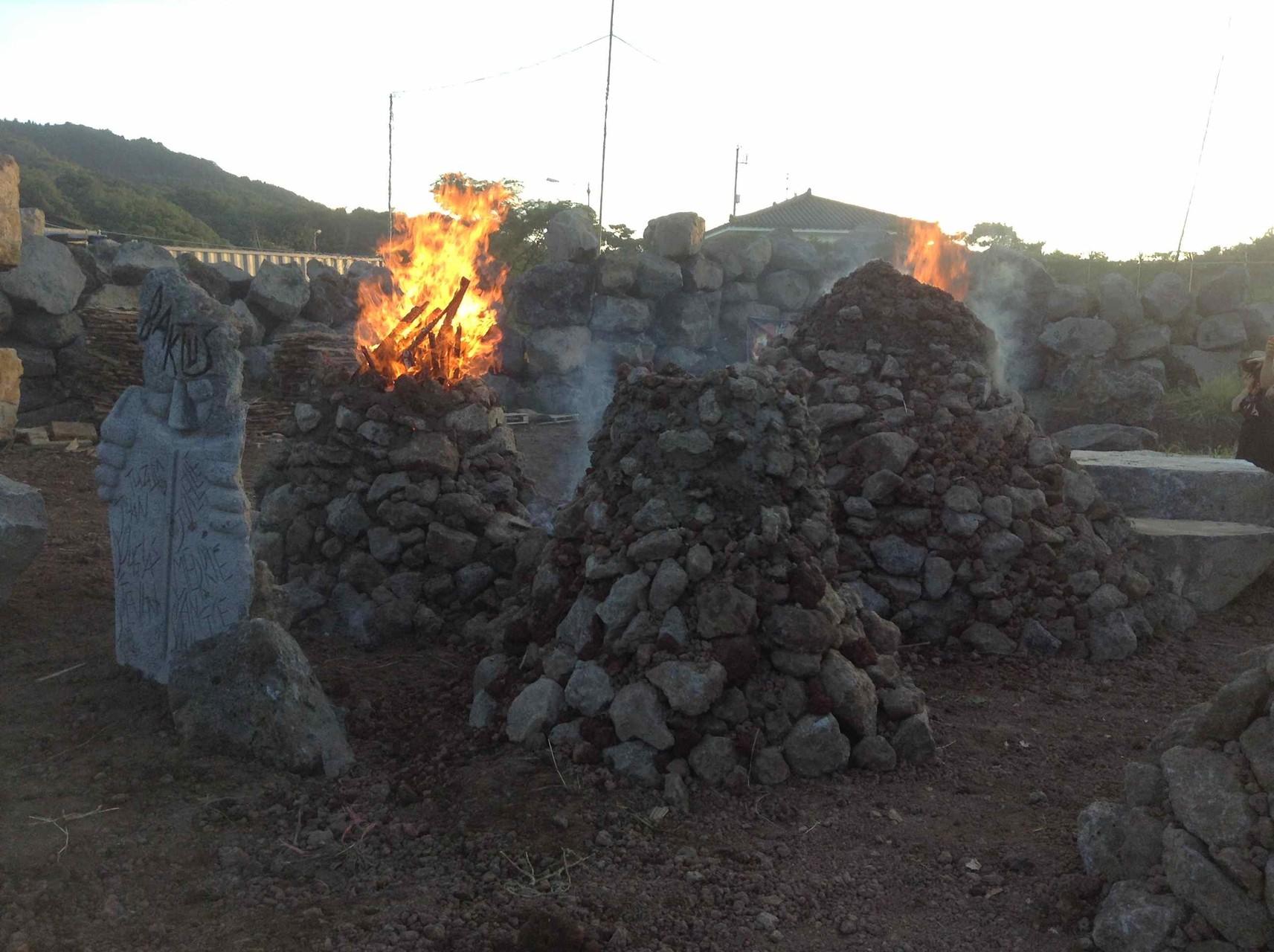 Cuisson du four en pierres de lave