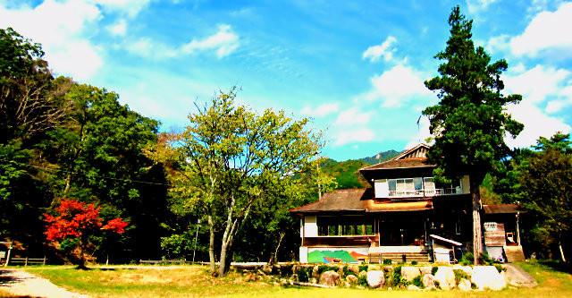 三重県亀山市石水渓 - 山小屋カフェ望仙荘・ピーターパンの森キャンプ場