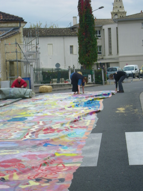 decoupage des 400m2 en toiles de 3x2metres ( photo ATRAVEZ)