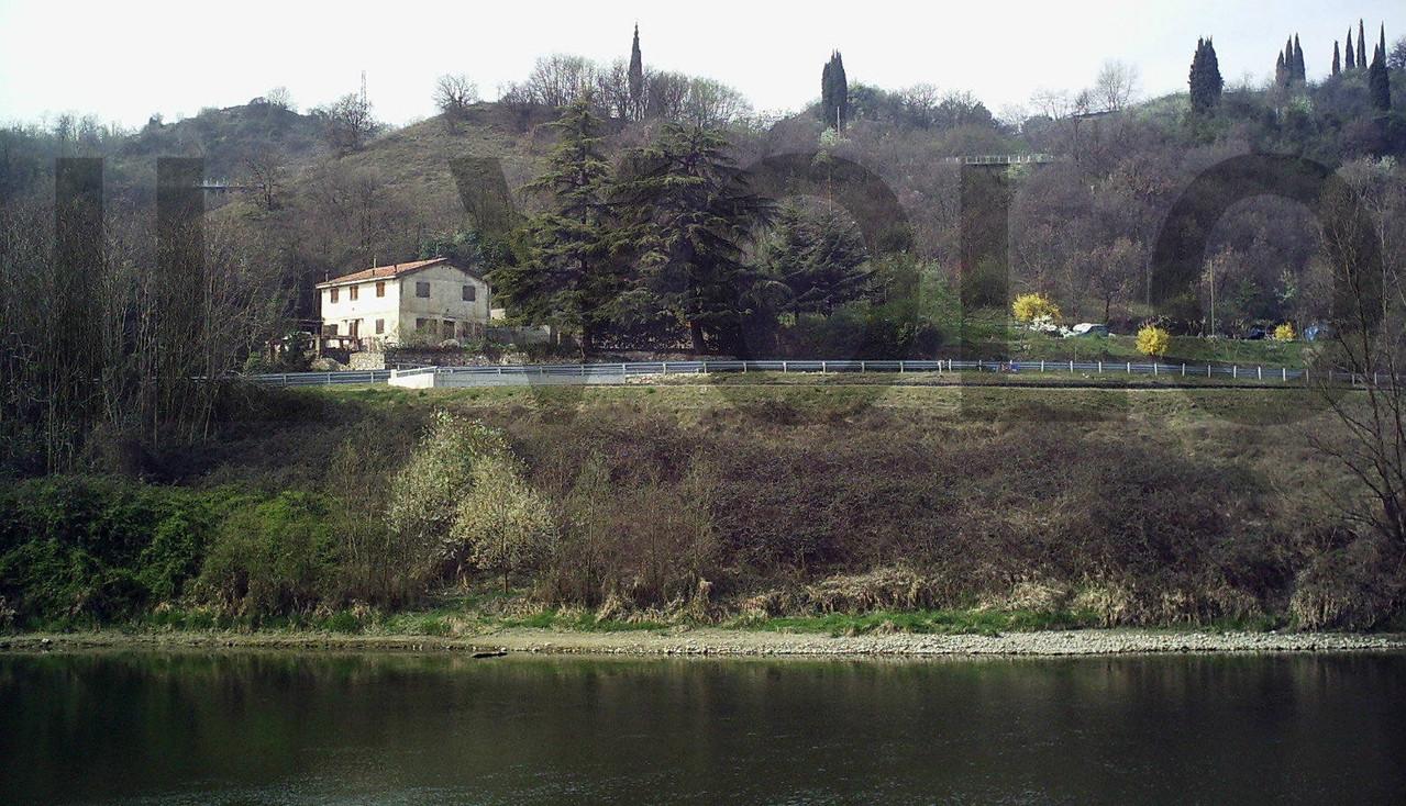 Casa comando del Campo per P.G. 148