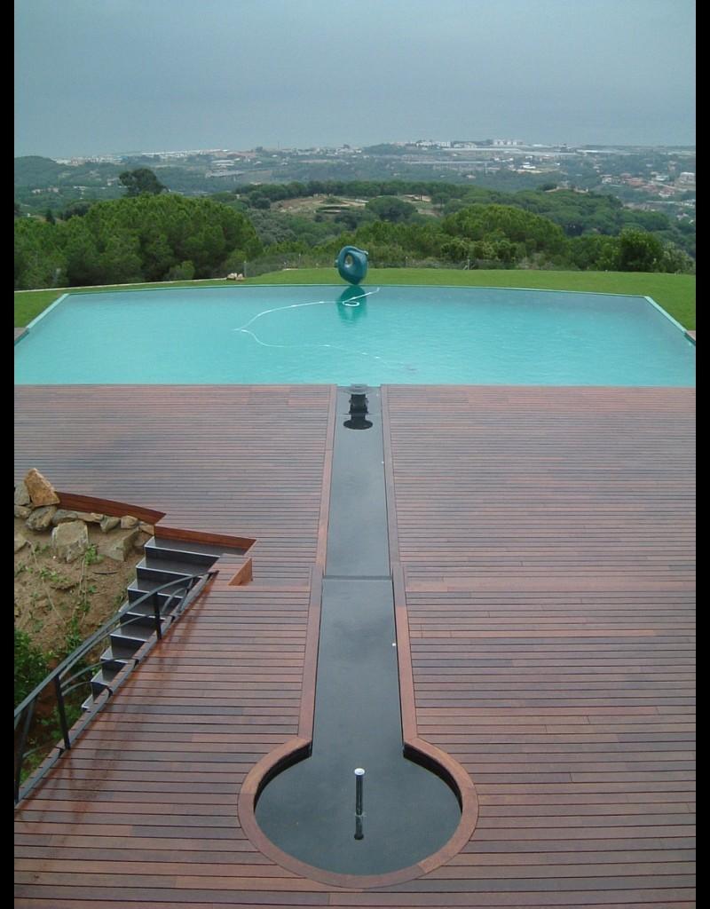 Vista canal piscina
