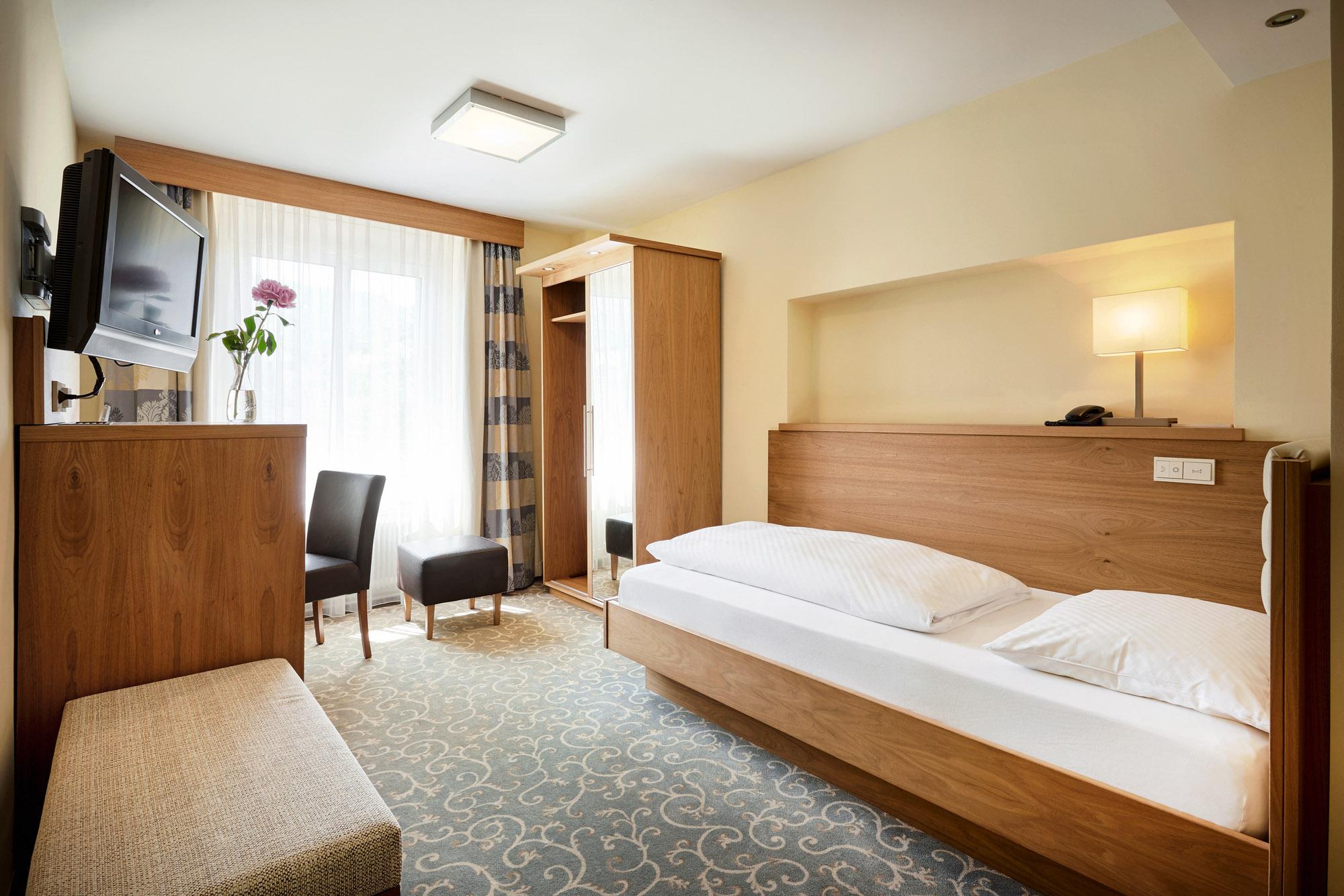 Einzelzimmer Classic ab € 82,25 pro Nacht inklusive Frühstück & Ortstaxe